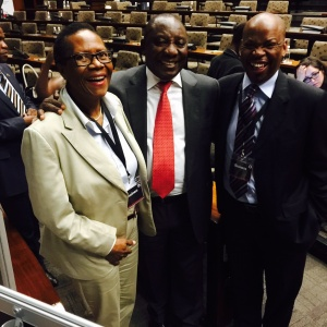 Executive Director of the National Black Business Caucus Dr Danisa Baloyi, South African Vice President Cyril Ramaphosa and AEC President George Sebulela